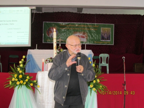 Fr. Ludger Feldkaemper, SVD conducting the seminar