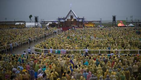 The Pope's Mass in Tacloban